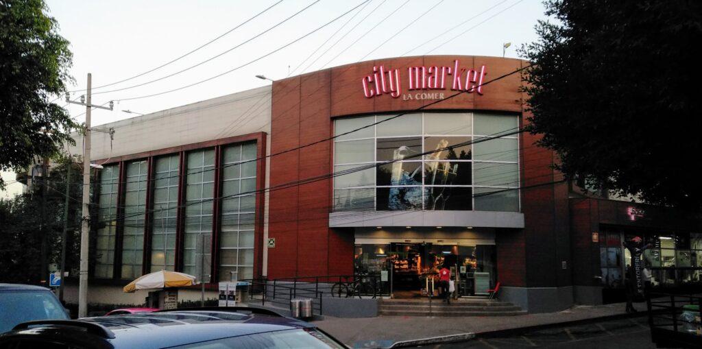 Fachada supermercado